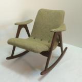 Deens design schommelstoeltje